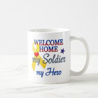 Hogar agradable mi soldado mi héroe taza