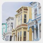 hogar colorido del Victorian en distrito de la Calcomanías Cuadradass