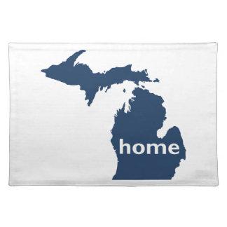 Hogar de Michigan Mantel Individual