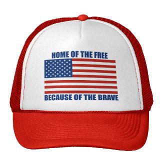 Hogar del libre debido al gorra valiente