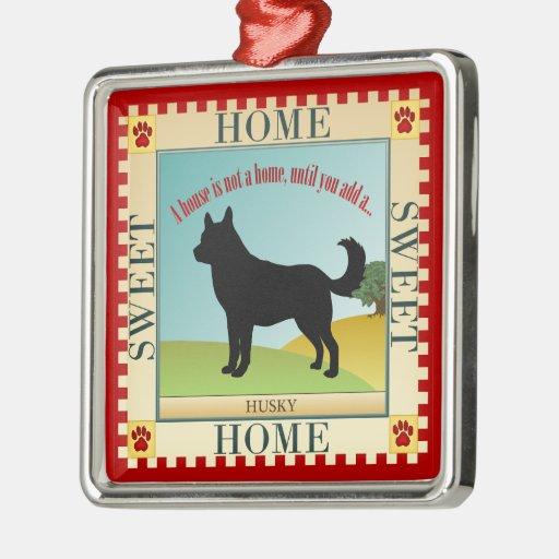 Hogar dulce casero - perro esquimal adorno navideño cuadrado de metal