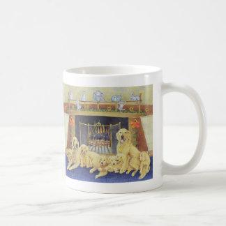 Hogar y hogar taza clásica