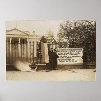 Hoguera del Suffragette de las mujeres en la C.C. Póster