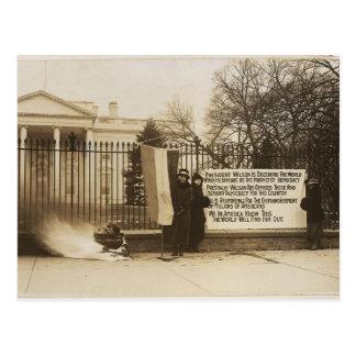 Hoguera del Suffragette de las mujeres en la C.C. Tarjeta Postal
