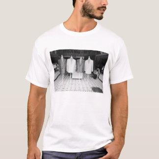 Hoi An Vietnam, Custom Suits to go T-Shirt