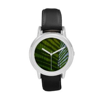 Hoja abstracta del verde de la fotografía relojes de mano