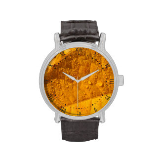 hoja amarilla del otoño reloj de mano