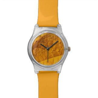 hoja amarilla del otoño relojes de pulsera