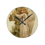 Hoja cruzada cristiana del lirio del ángel reloj