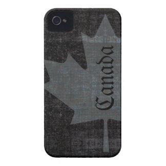 Hoja de arce canadiense de la bandera del grunge f Case-Mate iPhone 4 cárcasa