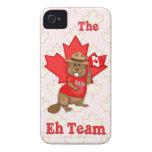 Hoja de arce canadiense del castor del Mountie - p iPhone 4 Case-Mate Cobertura