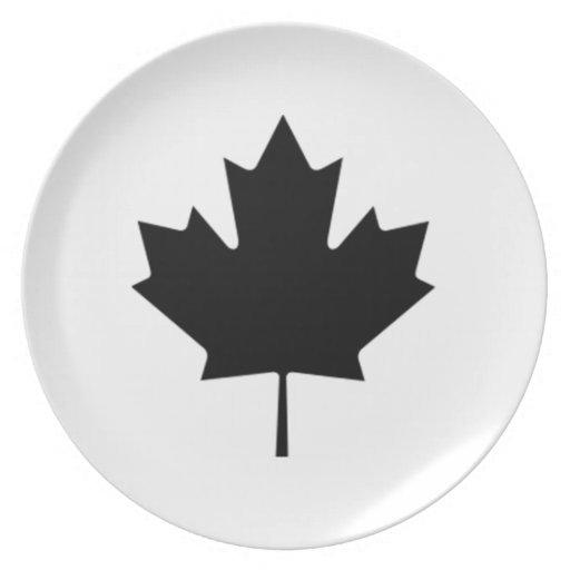 Hoja de arce canadiense platos de comidas
