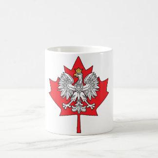 Hoja de arce canadiense polaca taza clásica