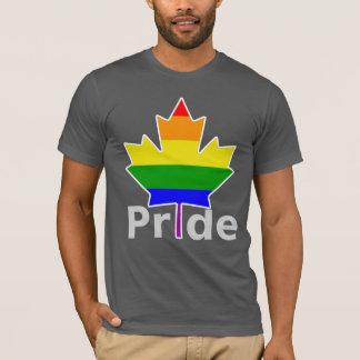 Hoja de arce de la bandera del arco iris del playera