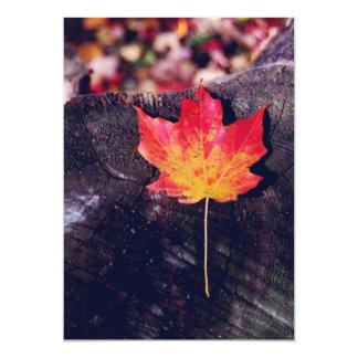 Hoja de arce del otoño invitación 12,7 x 17,8 cm