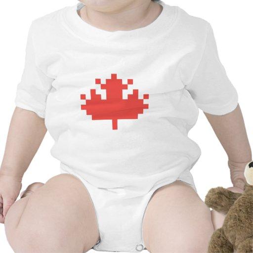 Hoja de arce del pixel traje de bebé