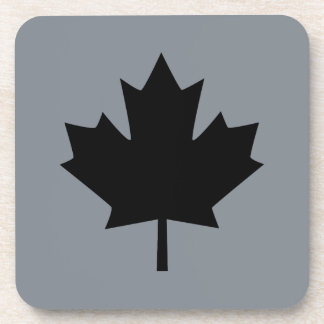 Hoja de arce negra canadiense en gris posavasos de bebidas