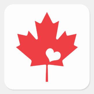 Hoja de arce y corazón canadienses del día de pegatina cuadrada