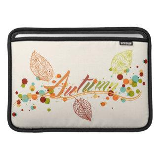 Hoja de la temporada de otoño y composición de las fundas MacBook