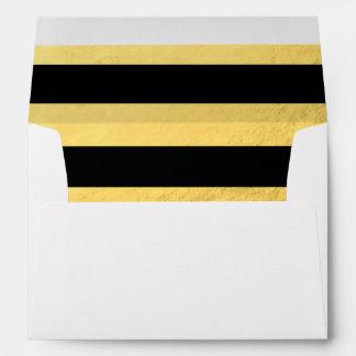 Hoja de oro elegante de las rayas negras impresa sobre