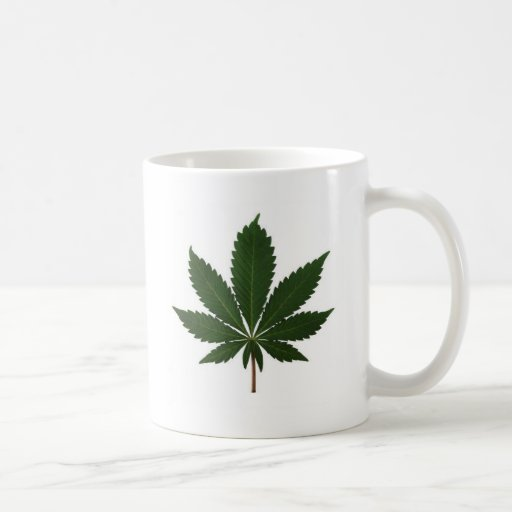 Hoja del brote taza de café
