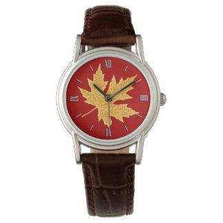 Hoja del roble - de color rojo oscuro y azafrán reloj de mano