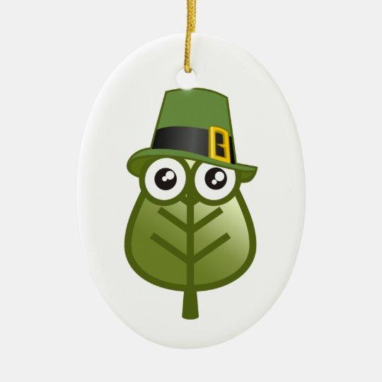 Hoja irlandesa adorno navideño ovalado de cerámica