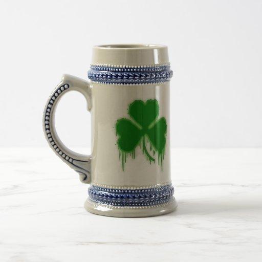 Hoja irlandesa jarra de cerveza