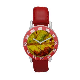 Hoja macra del otoño relojes de pulsera