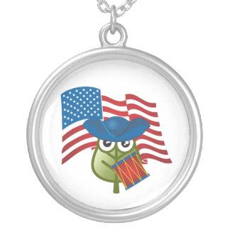 Hoja patriótica colgante redondo