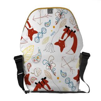 Hoja personalizada de la bellota del arbolado del bolsas messenger