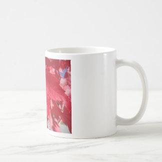 Hoja roja taza de café