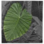 Hoja verde en forma de corazón servilletas