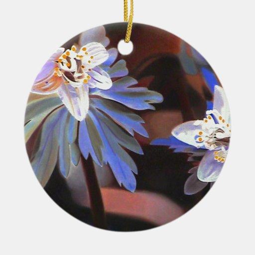 Hojas azules adorno navideño redondo de cerámica