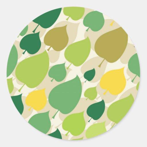 Hojas coloridas del amarillo del verde del modelo pegatina redonda