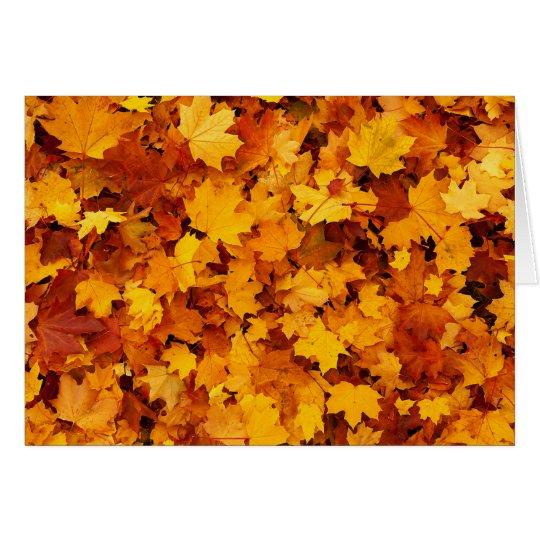 Hojas de arce del otoño tarjeta de felicitación