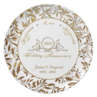 Hojas de la placa del aniversario de boda del oro platos de comidas
