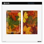 Hojas de otoño coloridas pegatinas skins para kindle fire