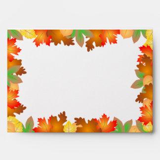 Hojas de otoño coloridas - sobre de la acción de