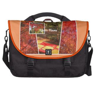 Hojas de otoño cuadradas anaranjadas de la bolsas para ordenador