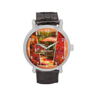 Hojas de otoño cuadradas anaranjadas de la relojes de mano