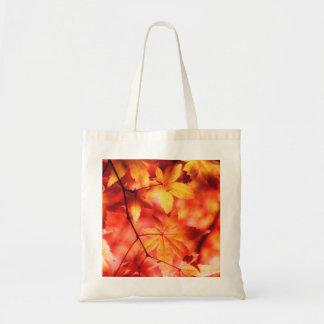 Hojas de otoño de oro anaranjadas del arce bolsa tela barata