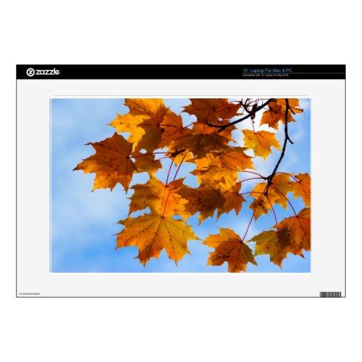 Hojas de otoño en el cielo calcomanía para 38,1cm portátil