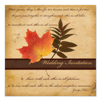 Hojas de otoño en la invitación cuadrada