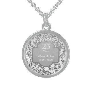 Hojas del 25to aniversario de boda de la plata collares de plata esterlina