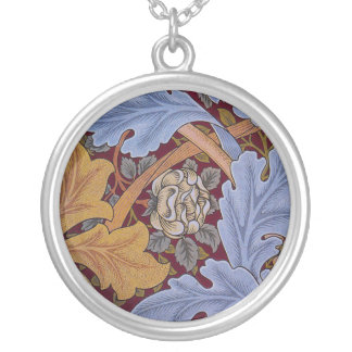 Hojas del Acanthus del diseño floral del vintage Collar Plateado