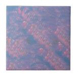 Hojas del alcohol del día de fiesta en rosa y azul azulejo ceramica