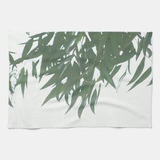 Hojas del eucalipto toallas de mano
