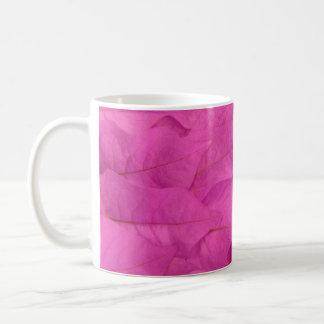 Hojas del rosa taza de café