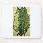 hojas del verde tapete de raton